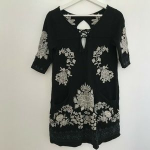 Free People Size Medium  Embroidered Dress